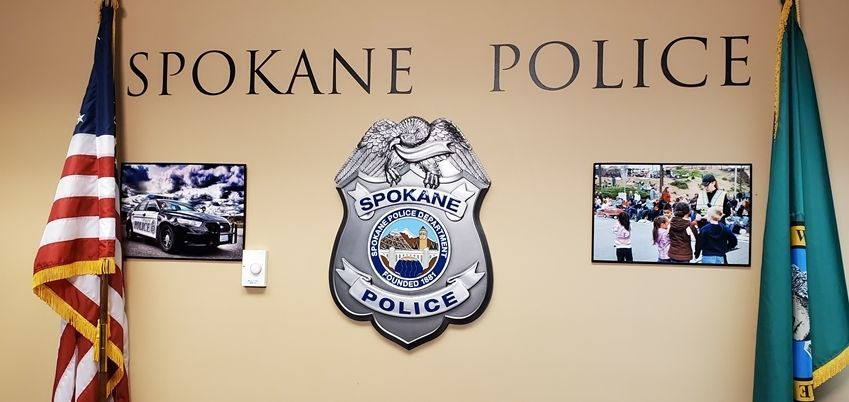 PP-1001 - Carved 3-D Plaque of theBadge of Police Department, Spokane, Washington, Mounted on a Wall Display