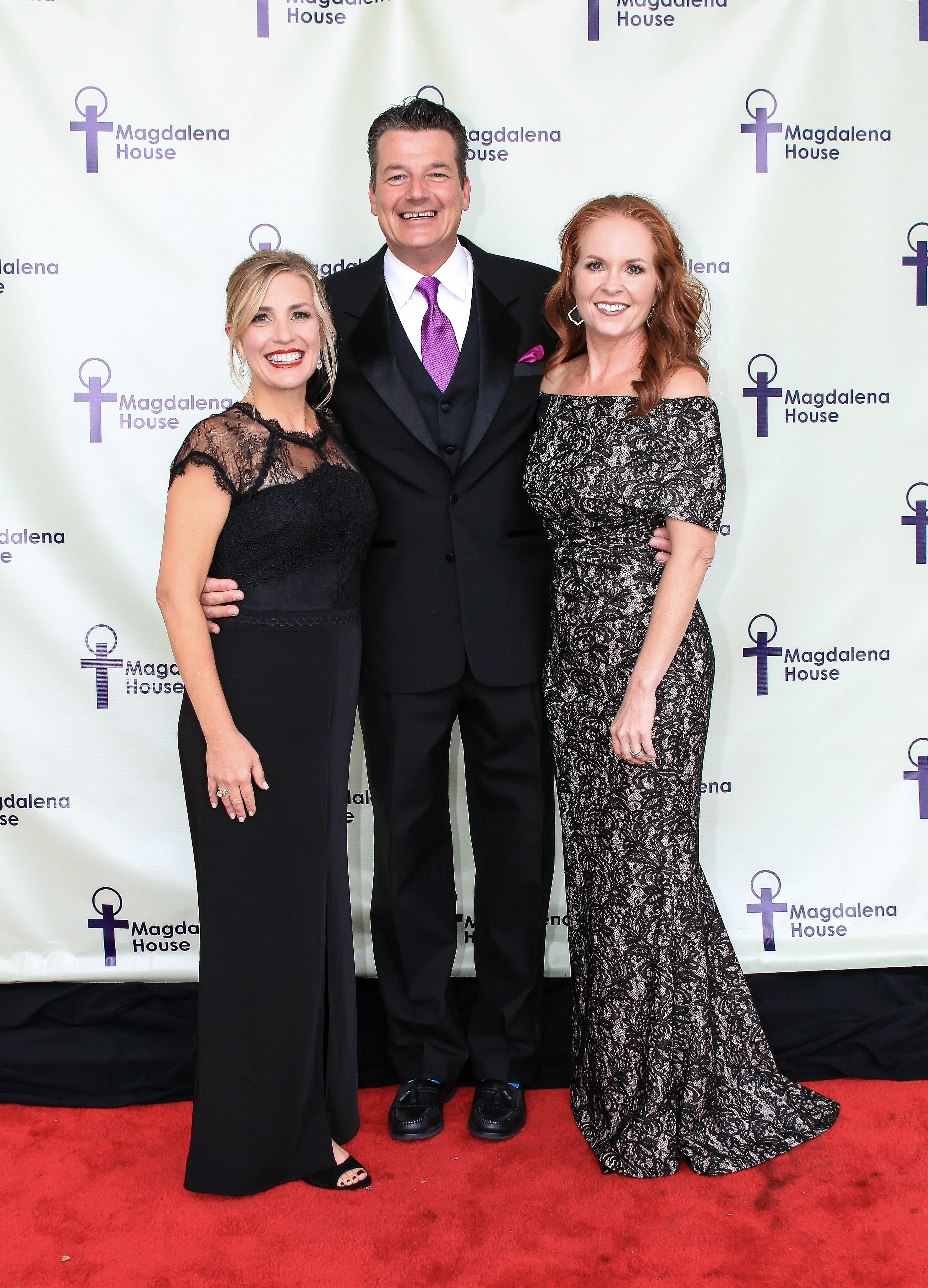 2018 Gala Co-Chairs Sharla Bell and Vicki Kennedy