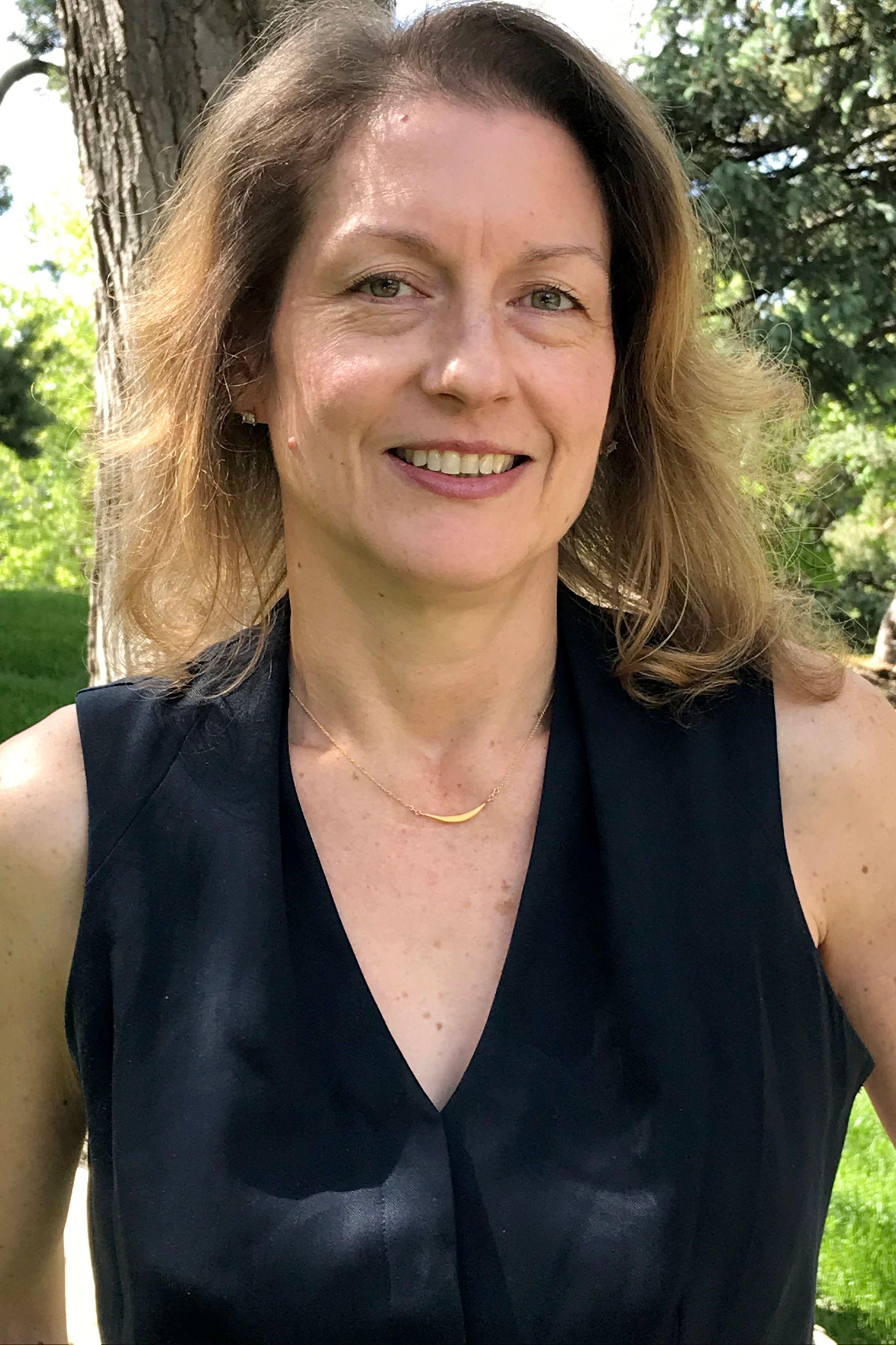 Jennifer Holan
