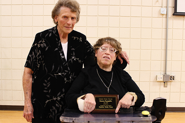 Deanna Lingenfelter earns Golden Heart Award