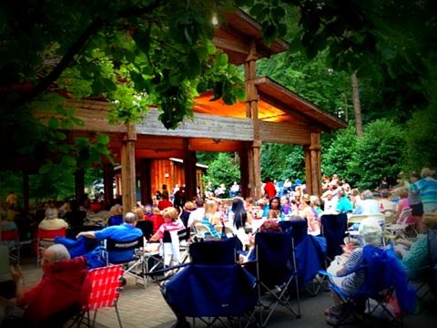 Summer Concert Series: Lou Rawls Review
