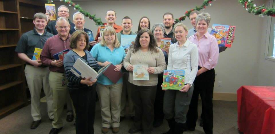 Volunteer to help support a Reach Out and Read Minnesota.