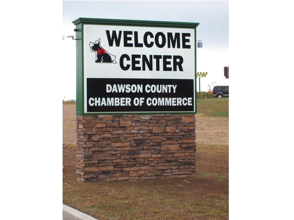 New Dawson Chamber of Commerce Sign