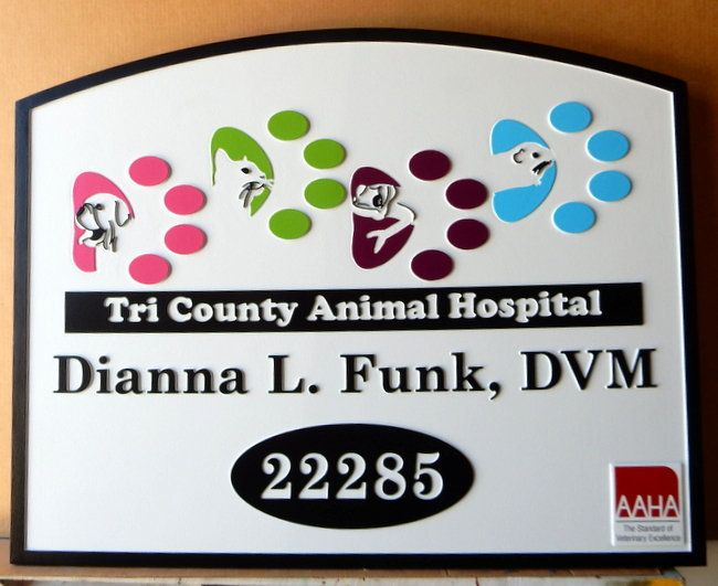 BB11741 - Carved  HDU Tri- County Animal Hospital sign with Carved Artwork (Animal Pawprints)
