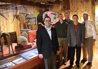 PKM, Waddell & Reed Renew Sponsorships