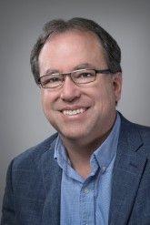 Jim Garcia, Director Ejecutivo