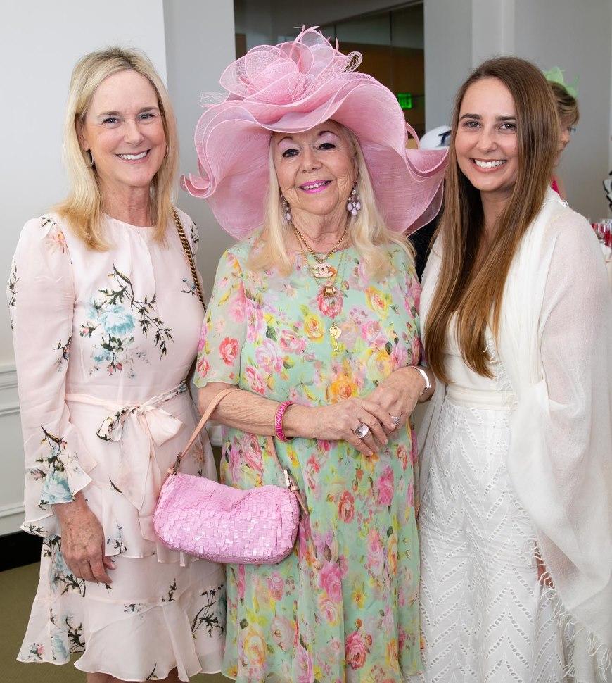 Gina Gordon, Arlette Gordon & Elizabeth Gordon