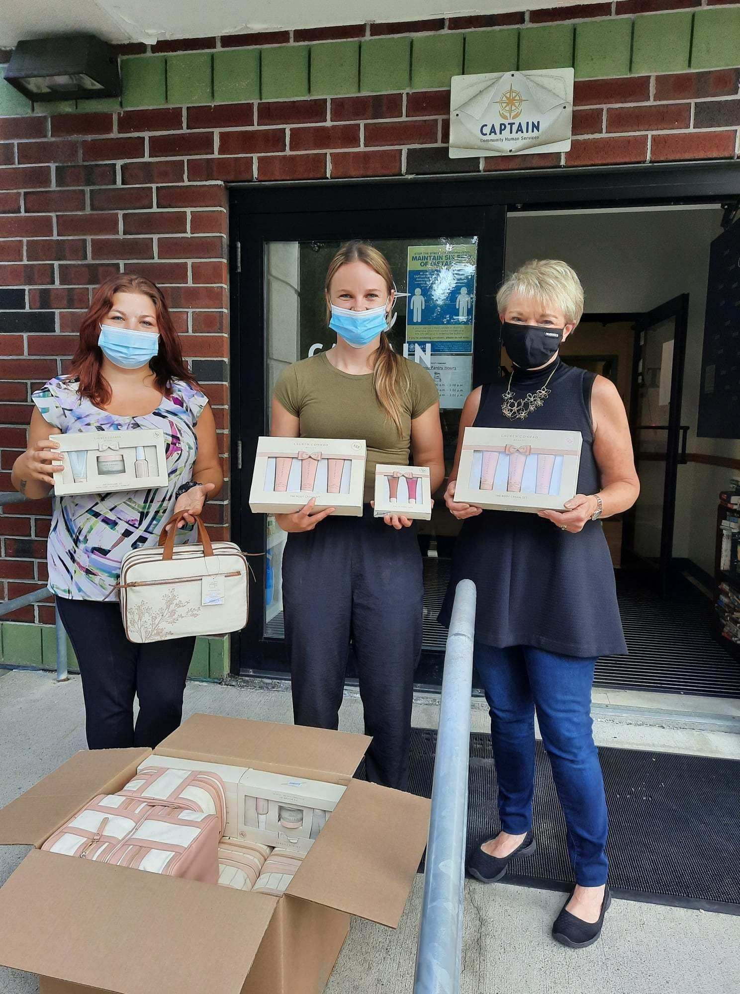 Community Hero Alert: Kohl's and Lauren Conrad Beauty!