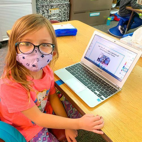 CCSD student uses SeeSaw for learning