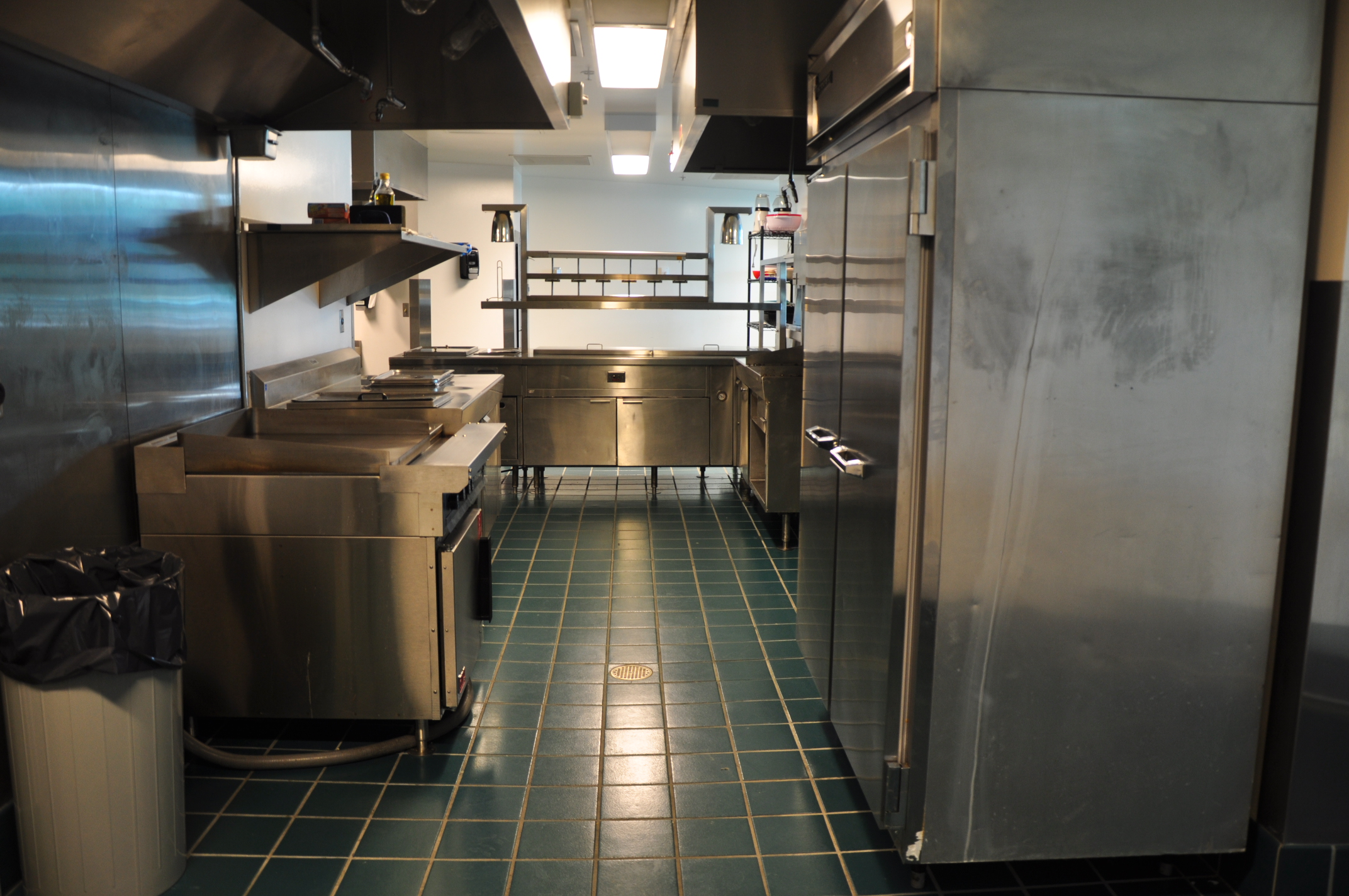 Kitchen cooking space