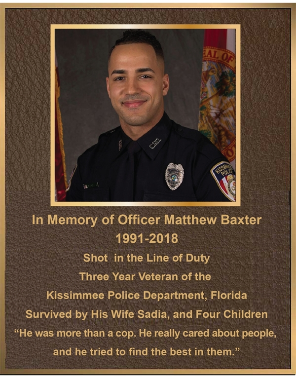 MB2394 - Brass-Plated Memorial Plaque with Giclee Photo of Police Officer, Sandblasted Painted Bronze Background, 2.5-D