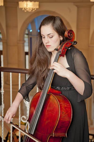 Student Cellist Yasmine Kocen