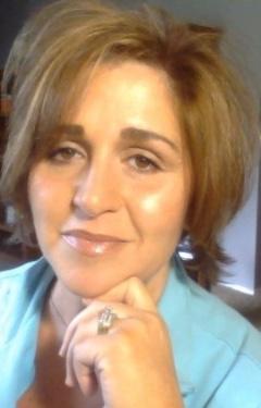 Read Tena Roberto's Story