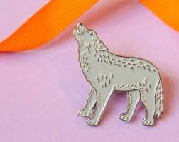 Light Gray Wolf Pin by Darwin Designs