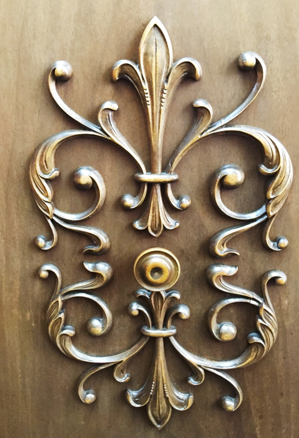 XP-1390 - Carved Plaque with Stylized Fleur-de-Lis Flourishes, 3-D Brass-Plated