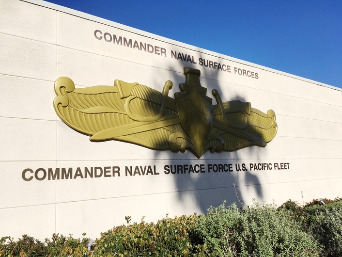 JP-1226 - Carved Outdoor Wall Plaque Insignia of Commander Naval Surface Forces, Pacific Fleet, 3-D Metallic Gold Painted