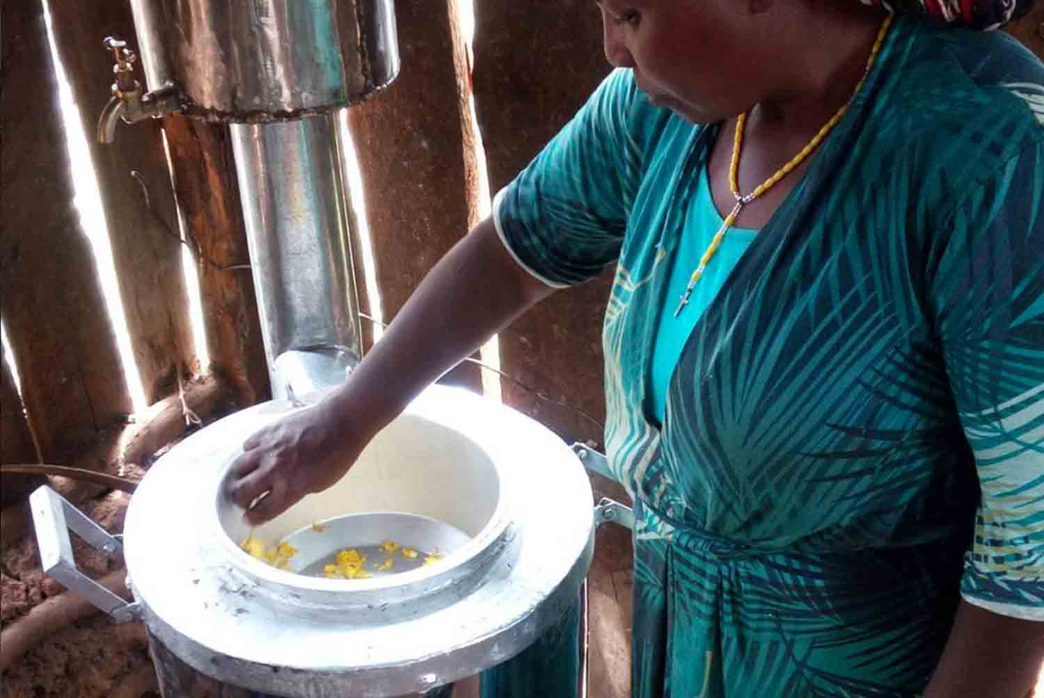 TERESA: MOTHER of KIBWOTT & CHEBET - both children suffered severe injuries, one losing 5 fingers from accidents with the cooking fire | NAKURU
