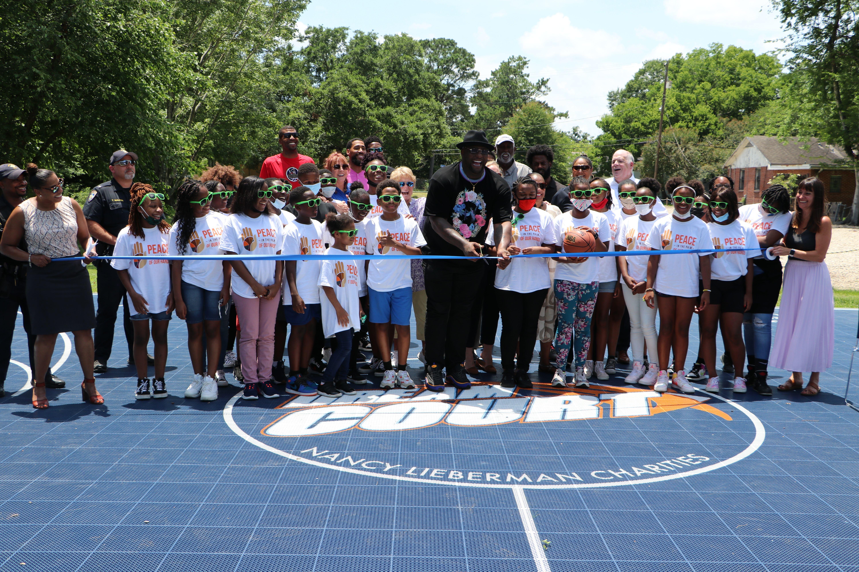 Glen 'Big Baby' Davis Gets Basketball Court Named After Him