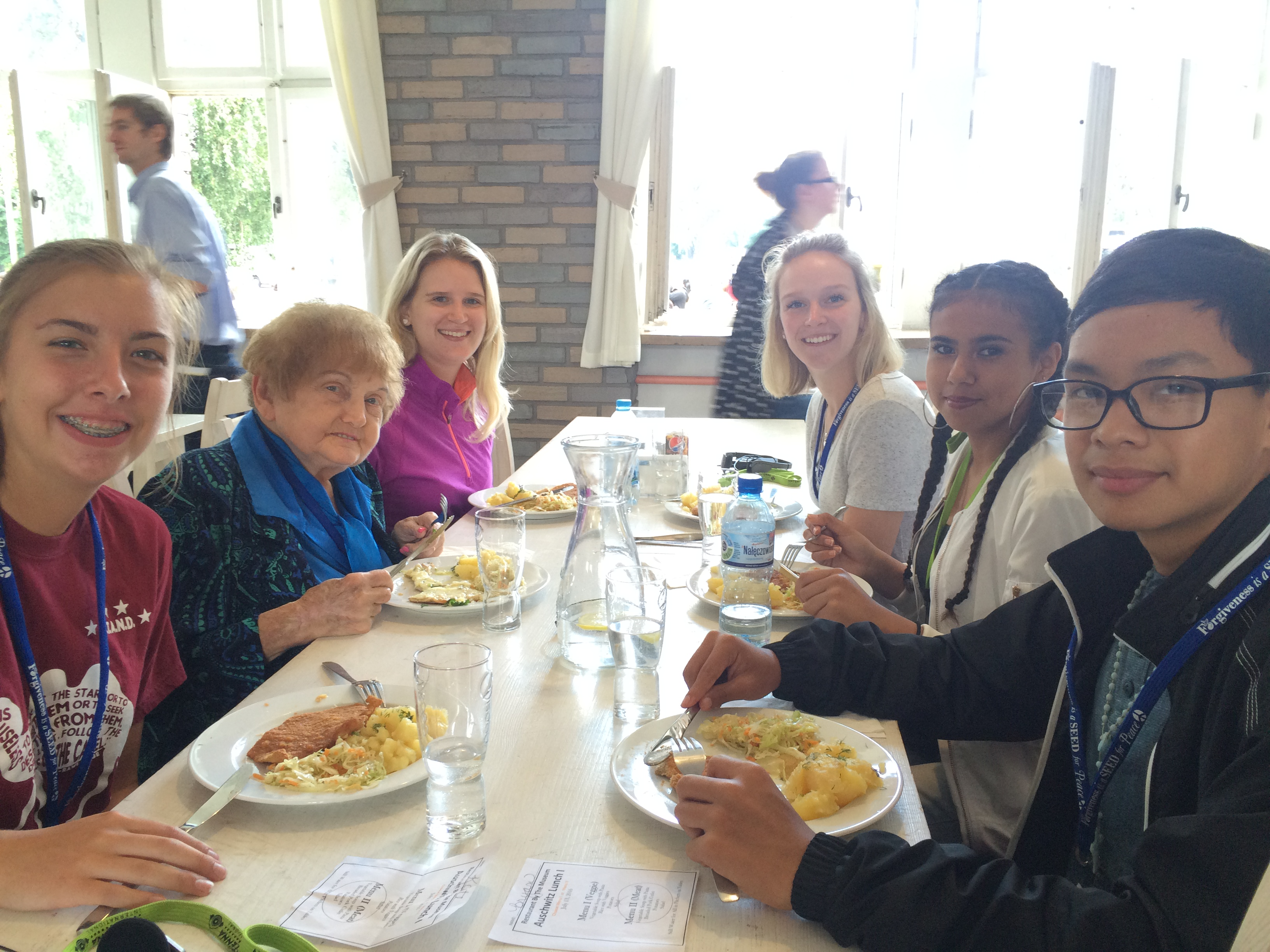 Eva and Participants Eating Lunch