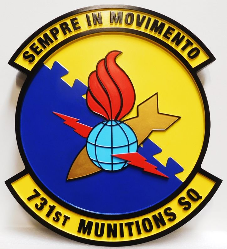 """LP-2810 - Carved Round Plaque of the Crest of the Air Force 731st Munitions Squadron,  """" Sempre in Movimento"""", 2.5-D, Artist Painted"""