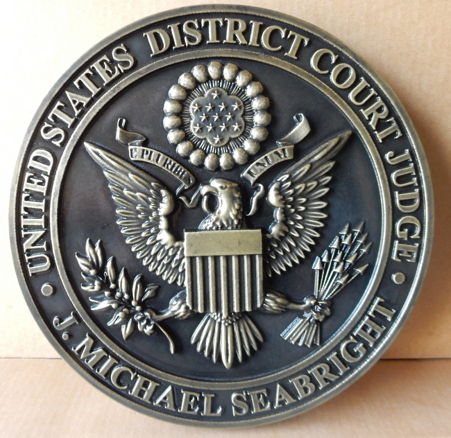 A10824 - 3-D Bronze Wall Plaque of the Great Seal of the US District Court, dark Brown Patina