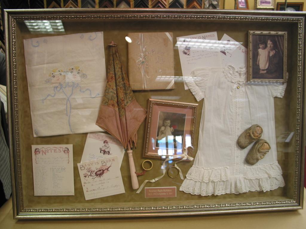 memory keepsake box january 2012 birth club babycentre. Black Bedroom Furniture Sets. Home Design Ideas
