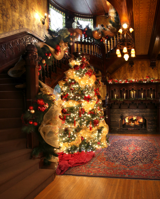 A Legacy of Giving: Happy Holidays from the Joslyn Castle!