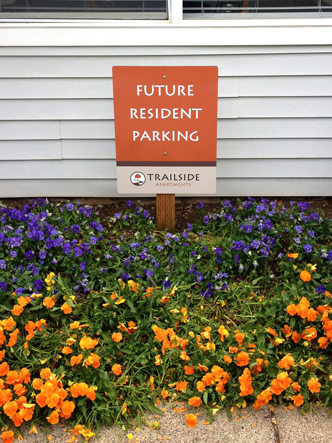 TRAILSIDE FUTURE RESIDENT PARKING SIGN