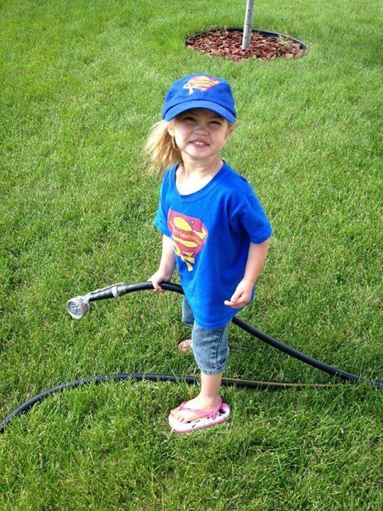 Sammy's Superheroes are so helpful!! :) This is our cousin, Allison, in Sioux Falls, SD... Thank for sharing this adorable pic!!
