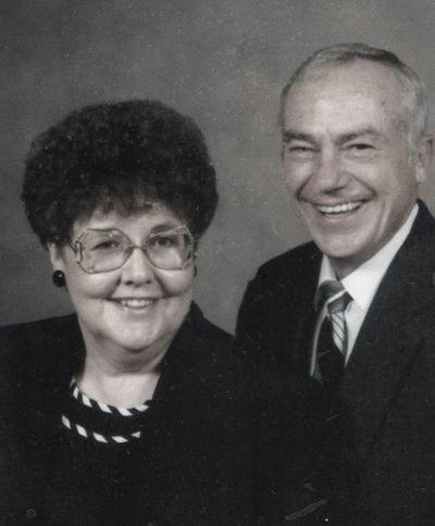 Gerringa Family Scholarship in honor of Bob & Clara Gerringa