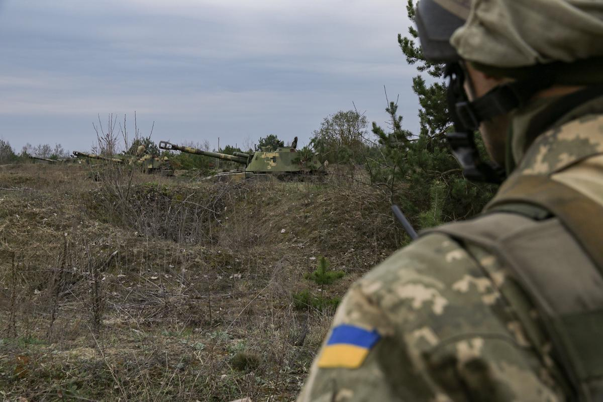 Situation in Donbas tense amid 24 enemy attacks on Ukraine troops in past day