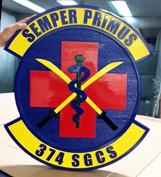 V31642A - Wall Plaque of Crest of the USAF 374 SGCS