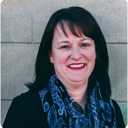 Kathy, Customer Service Representative