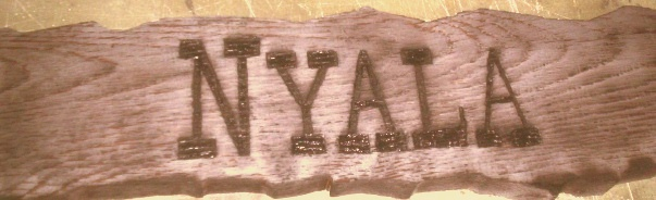 M3918 - Distressed Oak Trail Sign (Gallery 16)
