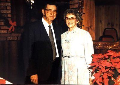 Sneed - Hobert and Mayme Sneed Memorial Scholarship