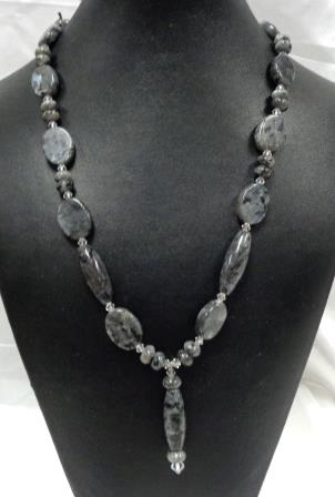 SD Chic Beads-Laboredorite Grey Marble with Pendant