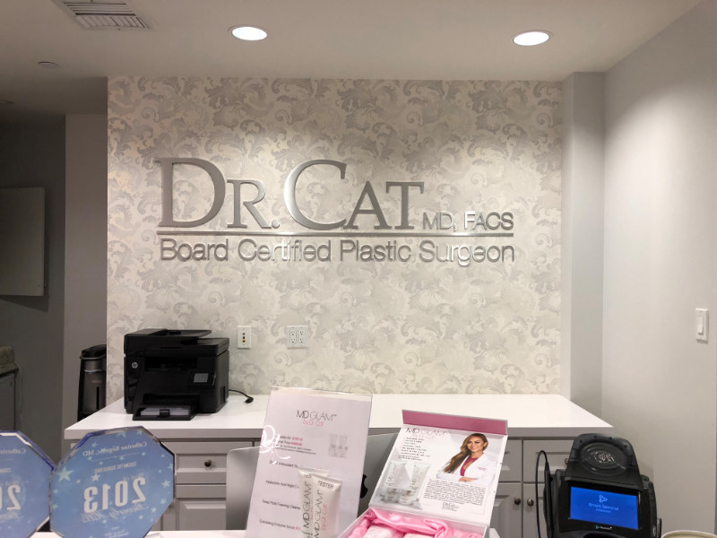 Lobby Signs for Physician Offices in Beverly Hills CA