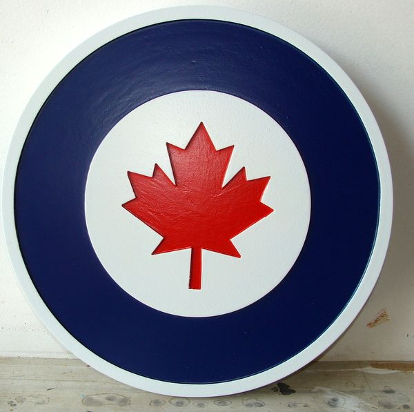 V31996 - Carved 2.5D Mahogany Plaque of the Roundel for the Royal Canadian Air Force (RCAF)