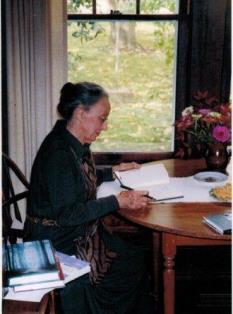 In Memoriam: Mary Ward Brown June 18, 1917-May 14, 2013