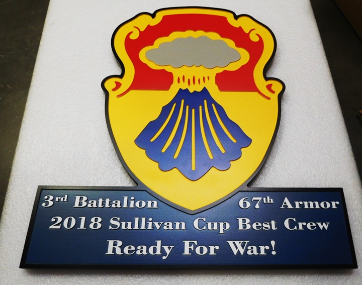 """MP-2250 = carved Plaque of the Crest / Insignia of 3rd Battalion 67th Armor """"Winner of the Sullivan Cup for Best Crew"""", 2.5D Artist Painted"""