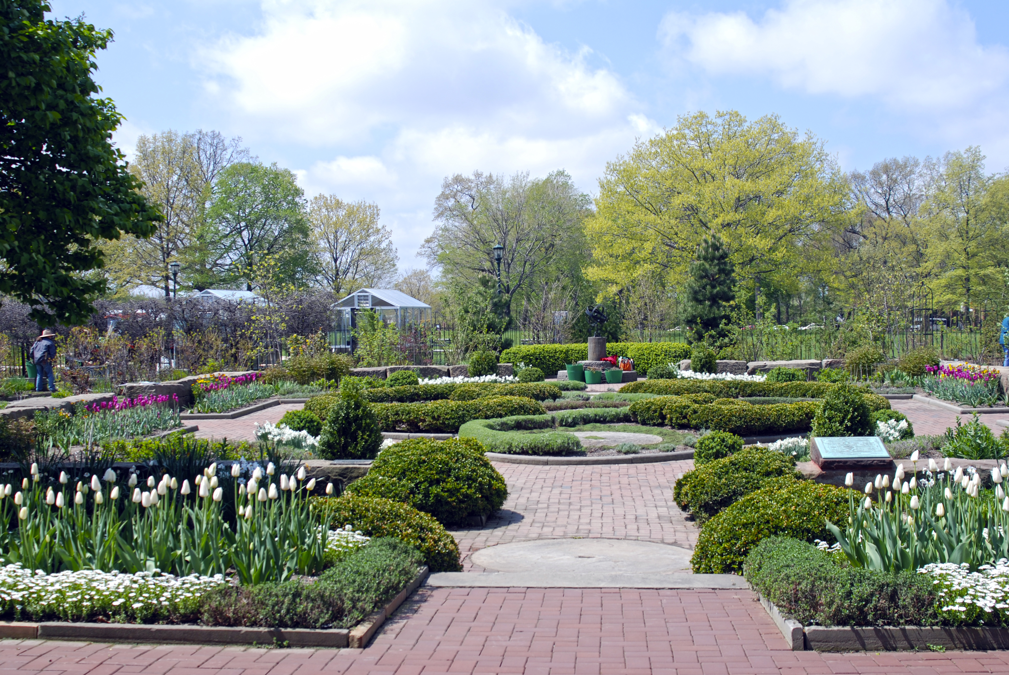 Knot and Fragrance Garden - Spring
