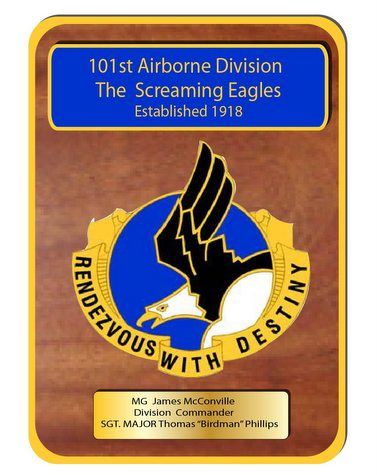 "MP-3340- Engraved  Command  Plaque, ""The Screaming Eagles"" 101st Airborne Division,  US Army (USA), Personalized,  Mahogany Wood with Brass Plates"