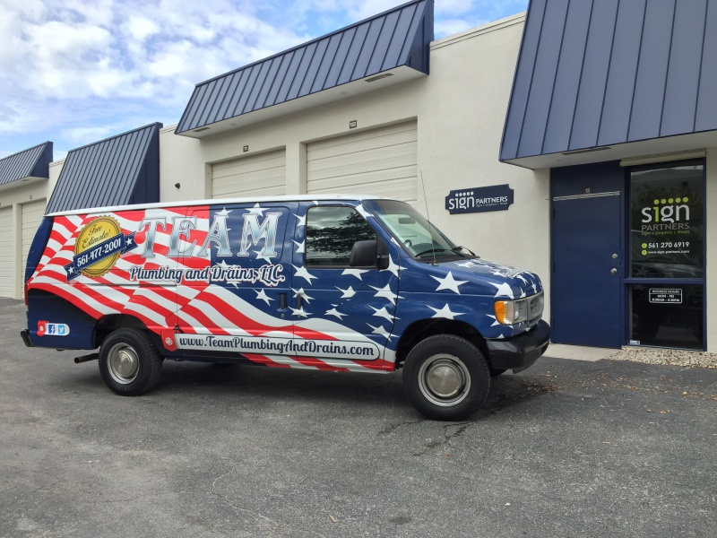 Vehicle Wraps & Graphics004