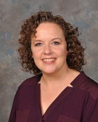 Andrea Stewart ('90)