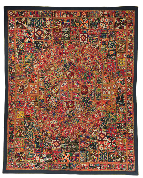Godadi quilt, possibly made in Jodhpur, Rajasthan, India, circa 1950-2000, 94.75 x 75.5 in, IQSCM 2009.053.0001