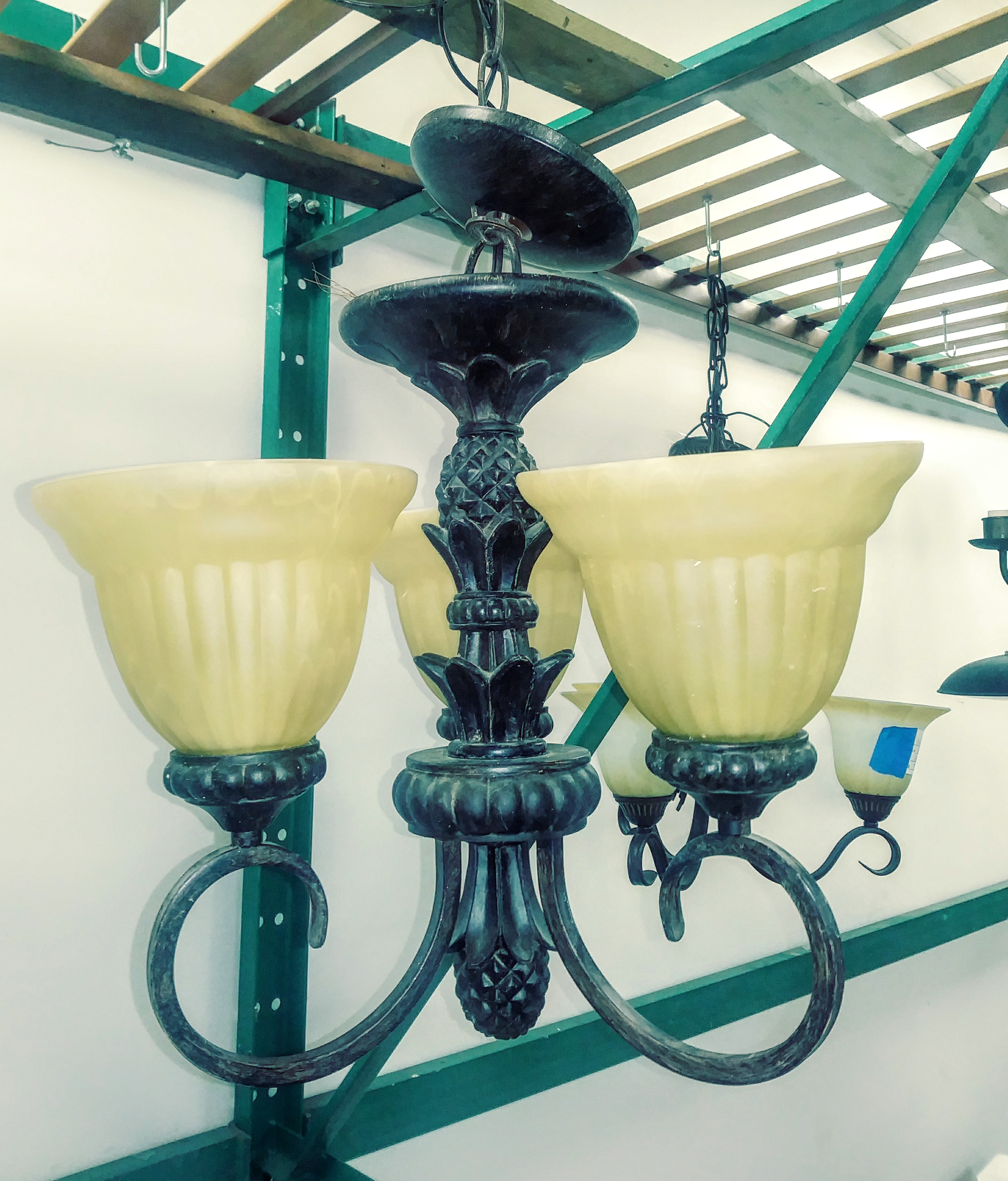 3-Light Chandelier w/ Pineapple Decor