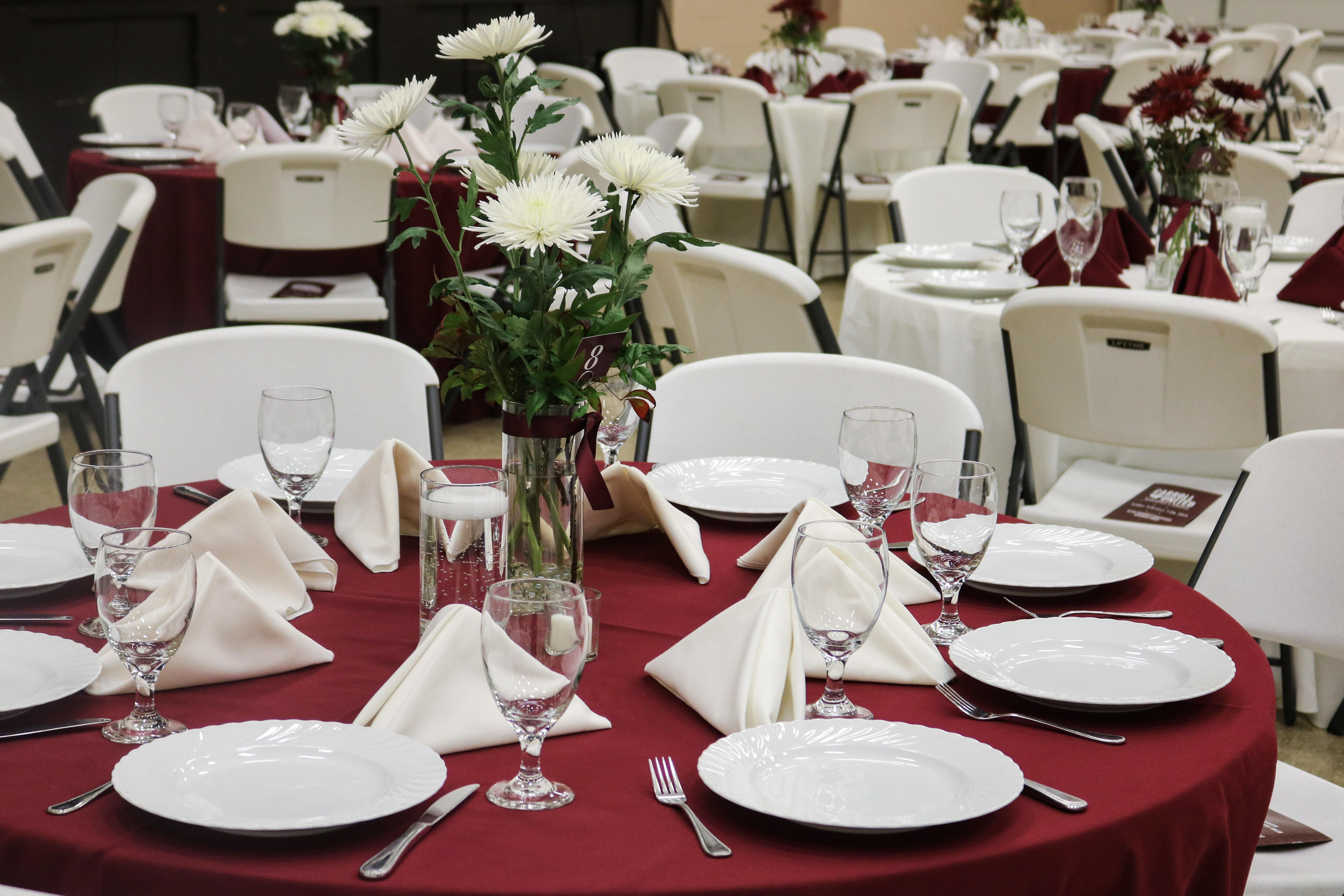 United Way Raises Over $7,000 at Valentine's Dinner