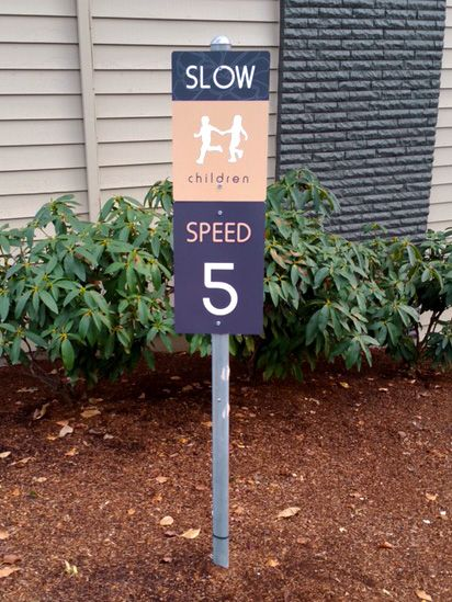 EDGEWOOD PARKING SIGNS
