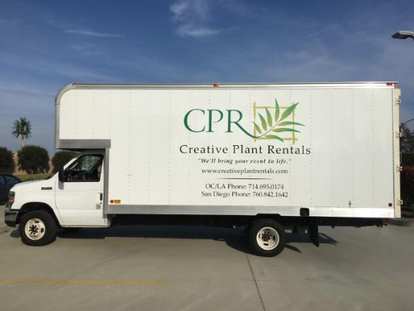 Vinyl lettering for box trucks in Orange County