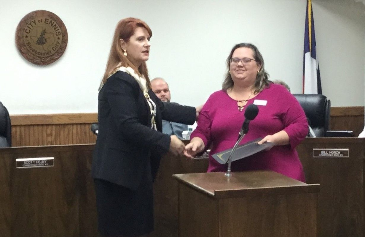Ennis Mayor Proclaims April as Alcohol Awareness Month